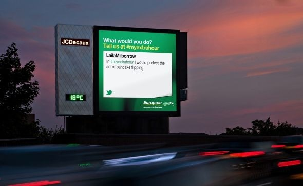 JCDecaux_Europcar_i_on_Cromwell-Road_de